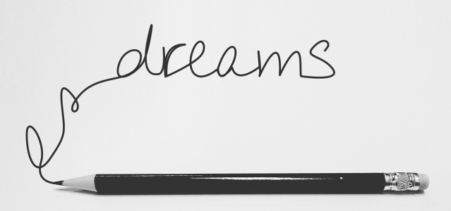 the word dream with pencil